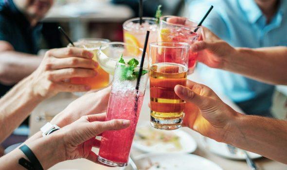 Como organizar uma festa de Verão inesquecível em casa