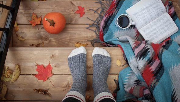 Como organizar um Halloween assustadoramente divertido em casa