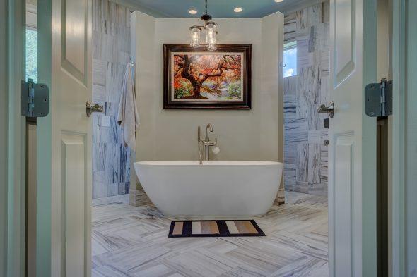 10 passos para organizar uma casa de banho