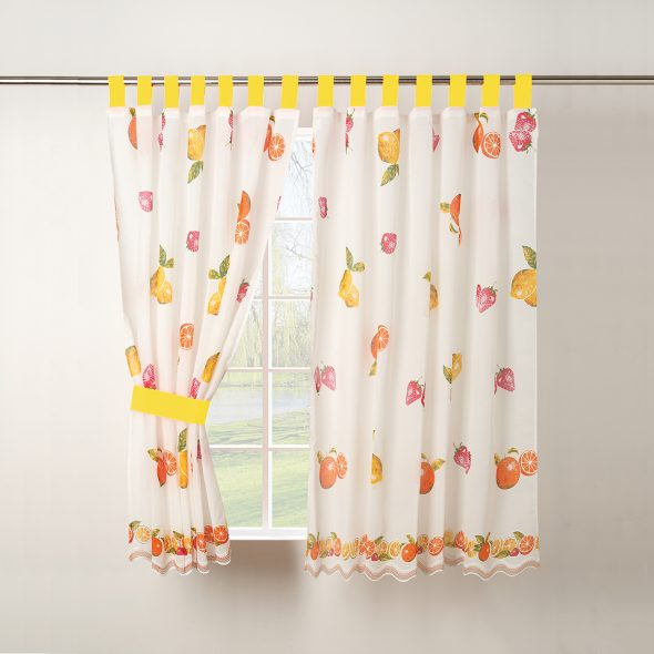 Como escolher cortinados para a sua cozinha